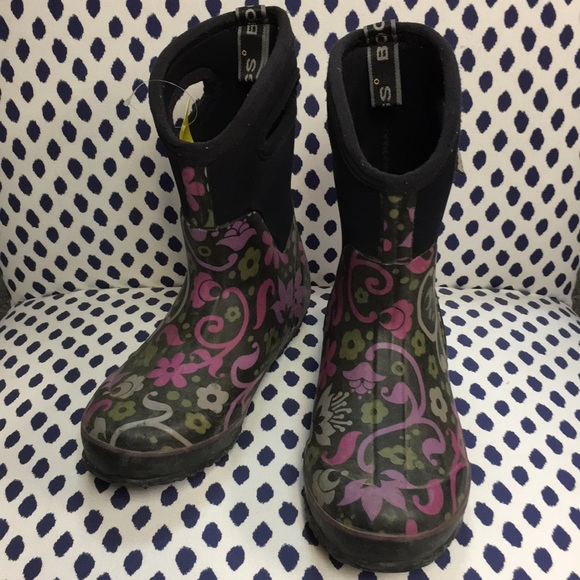 Bogs Shoes | Floral Winter Boots Size 6